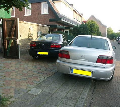 view of opel omega 3 view of opel omega 3 2 v6 photos features and