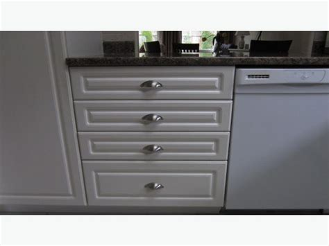 kitchen door and drawer fronts kitchen cupboard door fronts and drawers outside