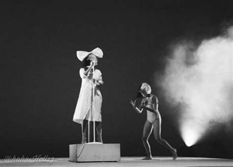 sia furler chandelier mp3 1000 ideas about sia concert on sia