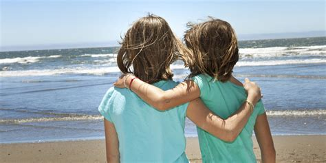 childhood friend 10 things only your childhood best friend understands
