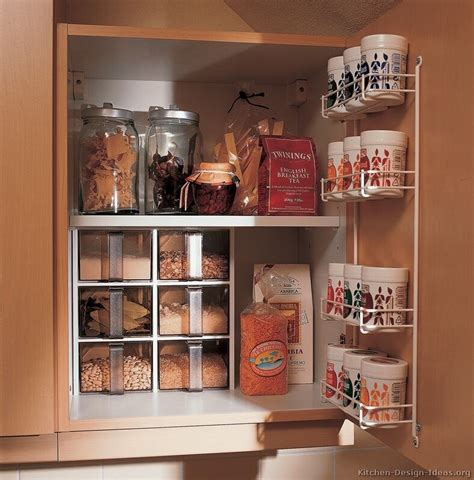 kitchen cabinets organization storage 3 idee per ricavare spazio in cucina mansarda it