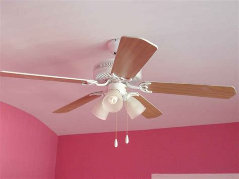 ceiling fans for bedrooms ceiling fan for bedroom buying tips