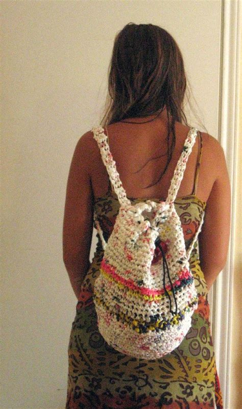 cool things to knit 20 plastic bag diy projects to recycle and reuse them
