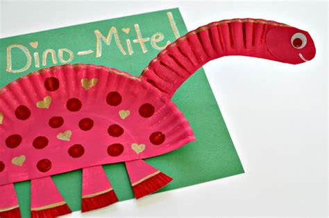 paper plate dinosaur craft paper plate crafts for preschoolers how wee learn