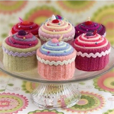 knitted birthday cake pattern what of cupcake are you knitting pin cushions and