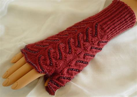 bead knitting patterns for knitting with a knitting