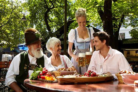 Englischer Garten München Brunch by Gem 252 Tlichkeit Und Tradition So Sch 246 N Ist Ein Besuch Im