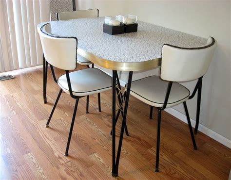 retro kitchen tables retro kitchen table chairs kitchen table gallery 2017