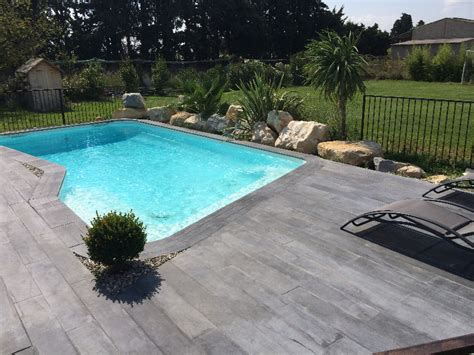 terrasse piscine imitation bois nos conseils