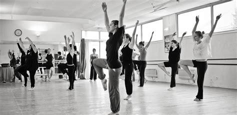 les cours de danse ecole de danse nicolas montpellierecole de danse nicolas montpellier