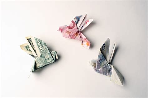 origami money bird tine de ruysser s money jewelry something to think about