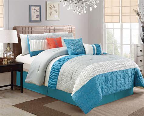 11 cool heavenly blue comforters for a peaceful bedroom blue comforter sets 28 images winslet comforter set in