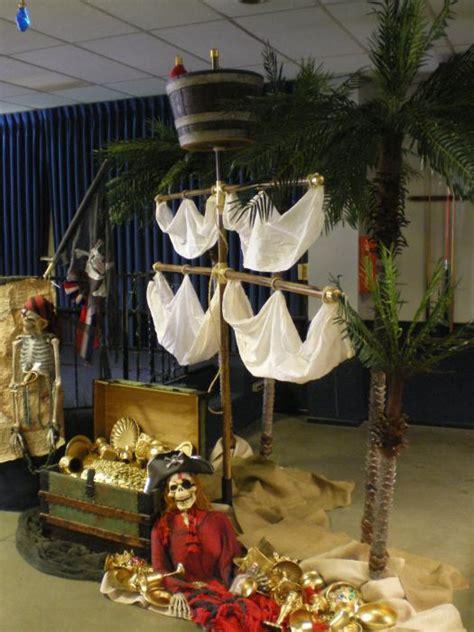 pirate ship decoration pirate ideas yvonnebyattsfamilyfun