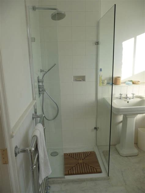 Small Bathroom Ideas With Shower Stall by Shower Stalls For Small Bathrooms