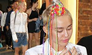 nyc bead show miley cyrus shows rainbow hair in nyc daily