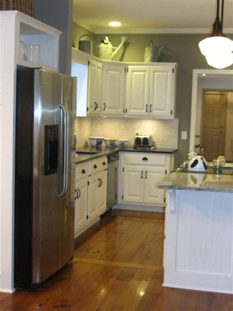 chalk paint colors for kitchen cupboards sloan chalk paint cabinets sloan mustard