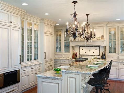 kitchen lighting trends kitchen lighting styles and trends hgtv
