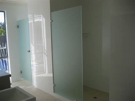 frosted bath shower screens frosted glass bath shower screens shower screens perth
