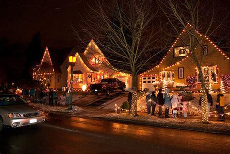 lights in neighborhoods the 5 best u s neighborhoods for lights cbs news