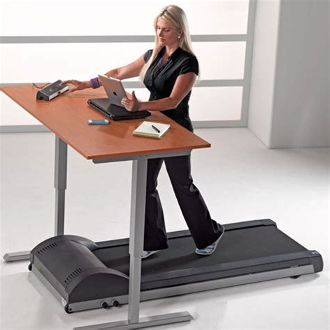 advantages of standing desk the top 4 most important advantages of standing desks