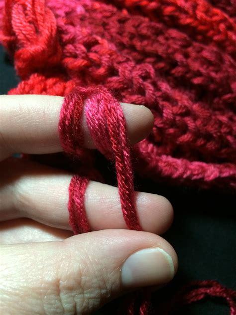 how do i finger knit how to finger knit a blanket goodknit kisses