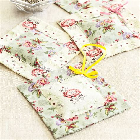 craft uk use this lavender bags pattern to add a fragrant touch