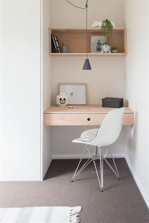 small bedroom desk 17 best ideas about small corner desk on study