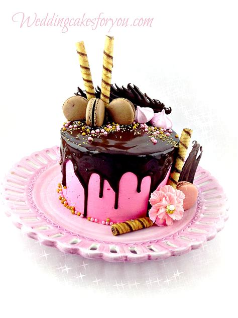 cakes for drip cakes are all the rage