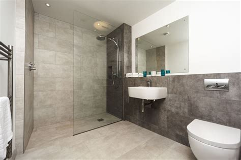 pictures of walk in showers in small bathrooms the defining characteristics of modern walk in showers