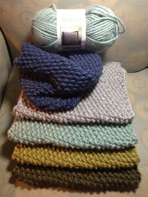 knitting with roving one skein cowl scarves using bernat roving yarn 13