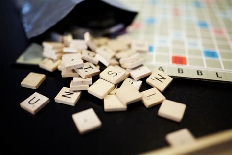 how to win at scrabble how to win at scrabble and words with friends