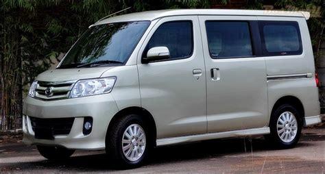 Daihatsu Luxio by Daihatsu Luxio