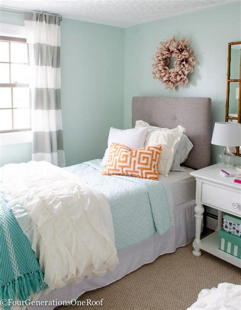 Blush Bedroom Ideas by Best 25 Aqua Girls Bedrooms Ideas On Pinterest Coral