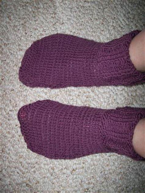 knit 2 socks on 1 circular needle knitting socks with circular needles free knitting projects