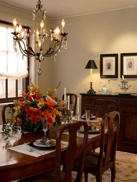 small chandeliers for dining room chandelier small dining room 17 best ideas about dining room chandeliers on