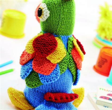 parrot knitting pattern free jason the parrot of knitting