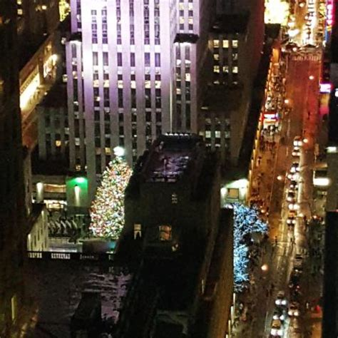 hotels with view of rockefeller tree view of rockefeller center tree from our suite picture