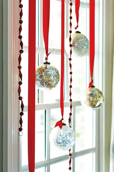 ideas for decorating the tree 12 decorating ideas how to decorate