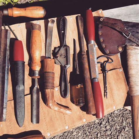 bush craft for bushcraft tool kit