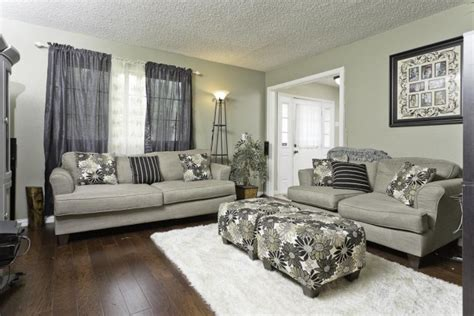 paint color for living room wood floor 15 awesome living room designs with hardwood floors top