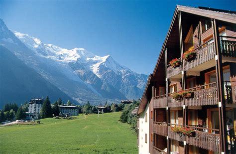 chamonix mont blanc summer holidays peak retreats