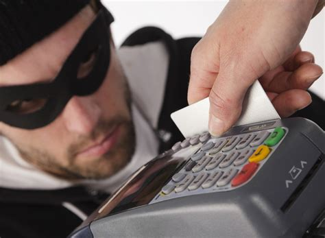 how do thieves make credit cards identity theft scams stopcreditfraud org