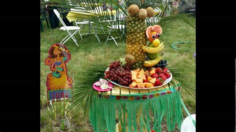 display tree pineapple tree for fruit display and fruit monkey
