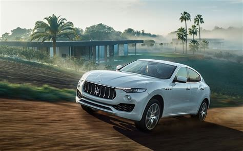 Car Wallpaper 2016 Hd For Pc by 2016 Maserati Levante Hd Wallpapers High Quality