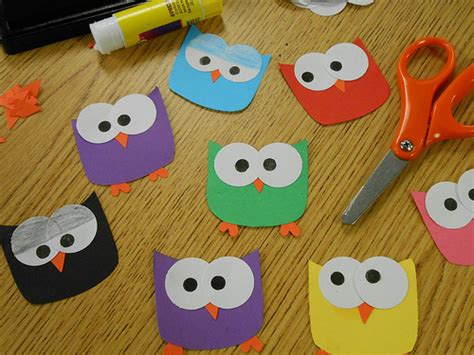 construction paper crafts for 2 year olds owl paper craft http zen 2012 08 10 hoot hoot
