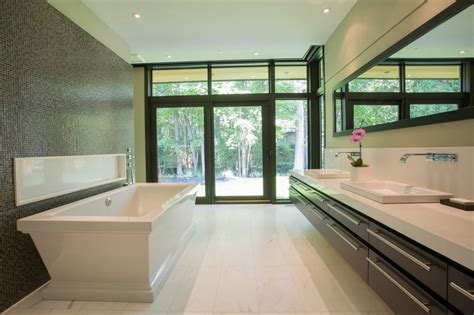 Small Master Bathroom Designs 42 design