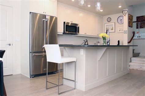 spray painting unfinished kitchen cabinets 100 damaged kitchen cabinets cabinet mission style