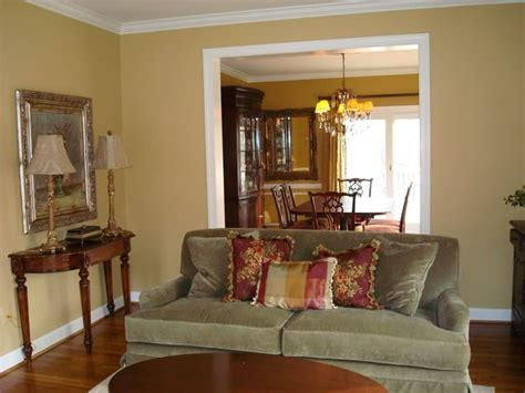gold paint colors for living room 25 best ideas about gold painted walls on