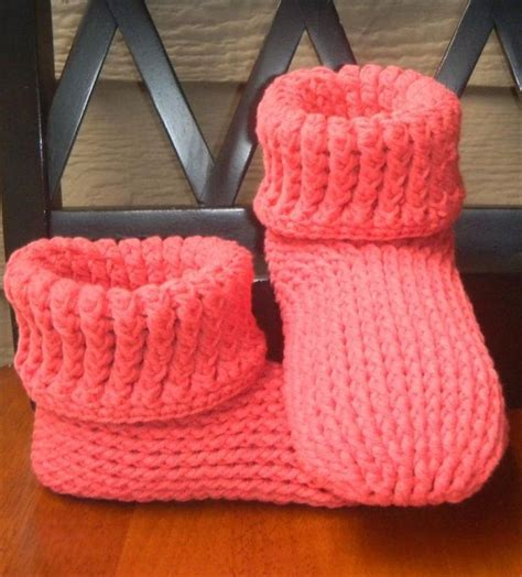 how to knit booties for adults 25 best ideas about easy crochet slippers on