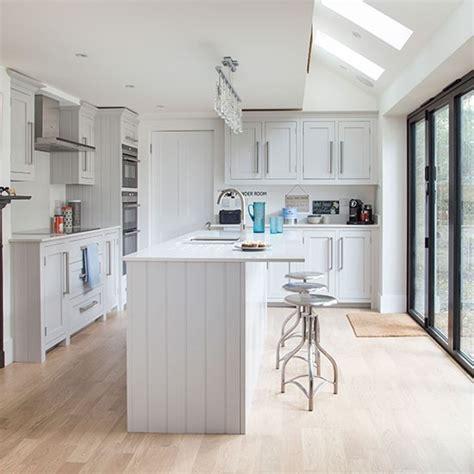 kitchen cabinets shaker style white white shaker style kitchen decorating housetohome co uk